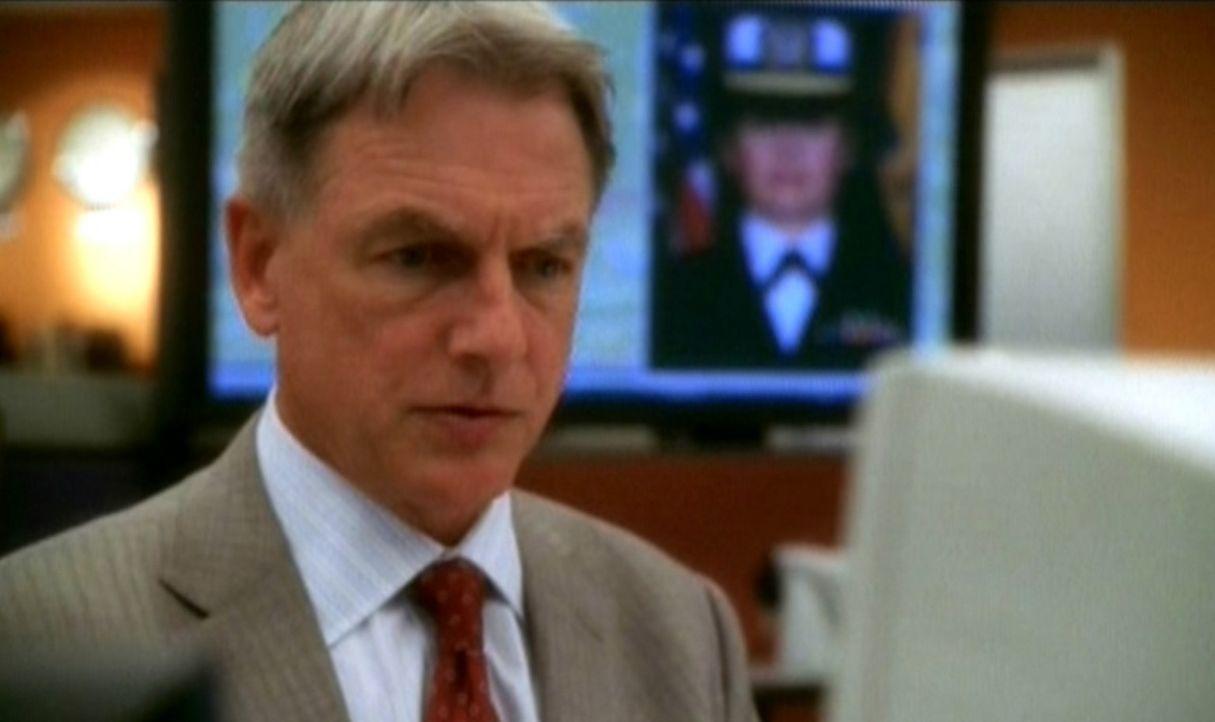 Gibbs (Mark Harmon) recherchiert wegen der Entführung einer Navy-Soldatin. - Bildquelle: CBS Television