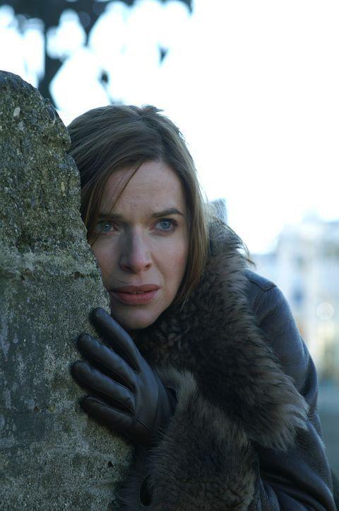 Anna Teshemka (Thekla Reuten) wird in Ihren Visionen auf das Gelände des alten Klosters geführt ... - Bildquelle: Lions Gate Films