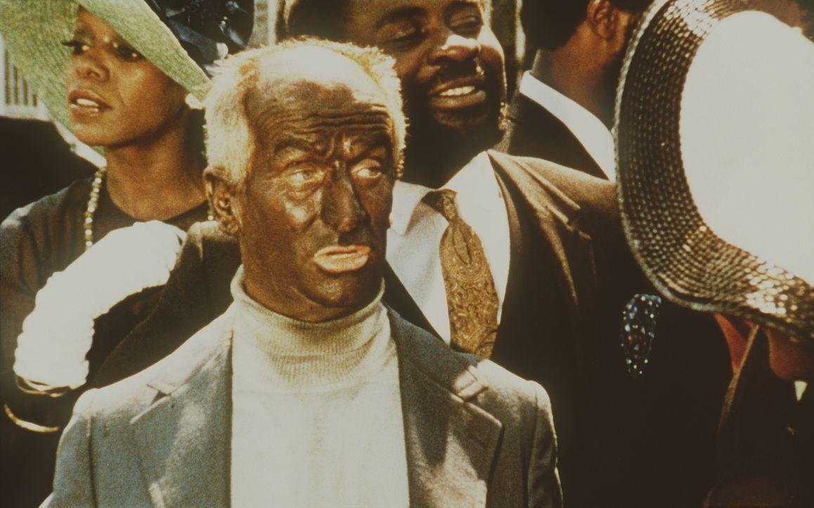 Die Erlebnisse mit Silmane bringen Pivert (Louis de Funès) dazu, sich mit seiner rassistischen Einstellung auseinander zu setzen ... - Bildquelle: 20th Century Fox Film Corporation