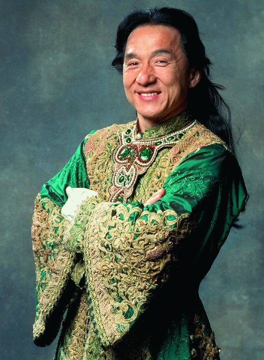 Shanghai Knight Chon Wang (Jackie Chan), momentan Sheriff von Carson City, macht sich auf, bösen Buben im fernen London das Handwerk zu legen ? - Bildquelle: 2002 Touchstone Pictures and Spyglass Entertainment Group, L.P.