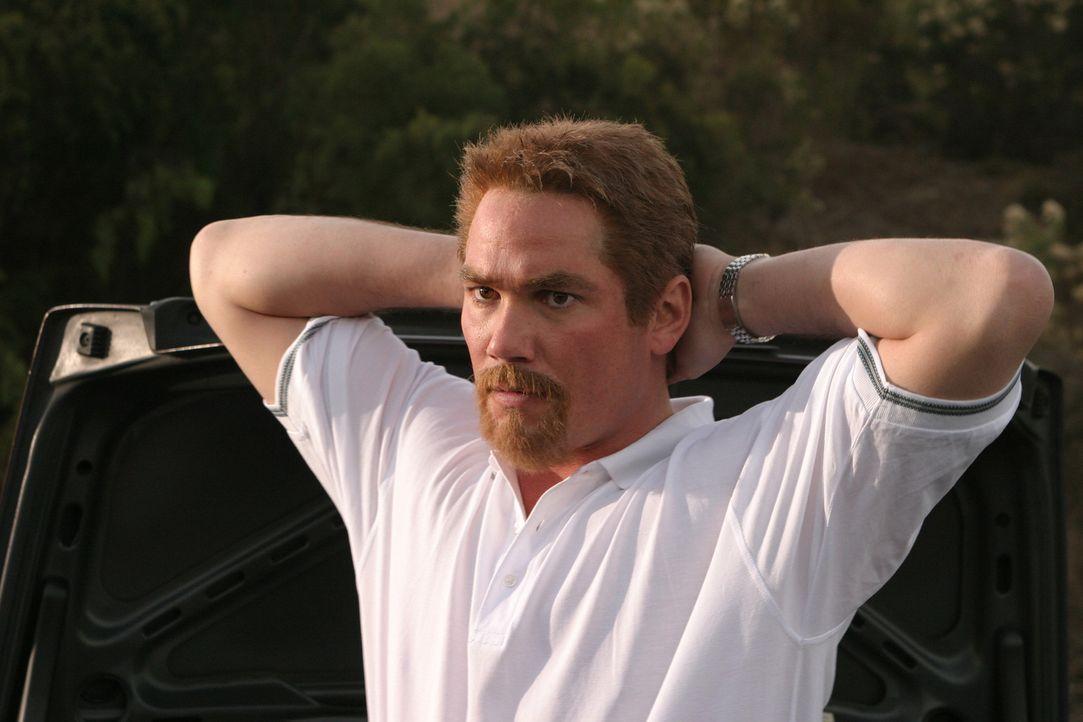 Scott Peterson (Dean Cain) galt von Anfang an als Hauptverdächtiger, bezüglich des Verschwindens seiner Ehefrau Laci. Ein überraschendes Geständ... - Bildquelle: 2004 Sony Pictures Television Inc. All Rights Reserved.