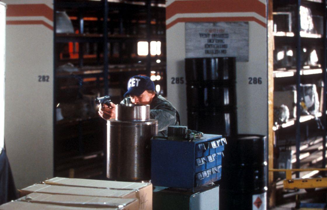 Wird es Alex Brooks (Sean Patrick Flanery) gelingen, den Terroristen Anton Simeonov unschädlich zu machen? - Bildquelle: Blockbuster Video