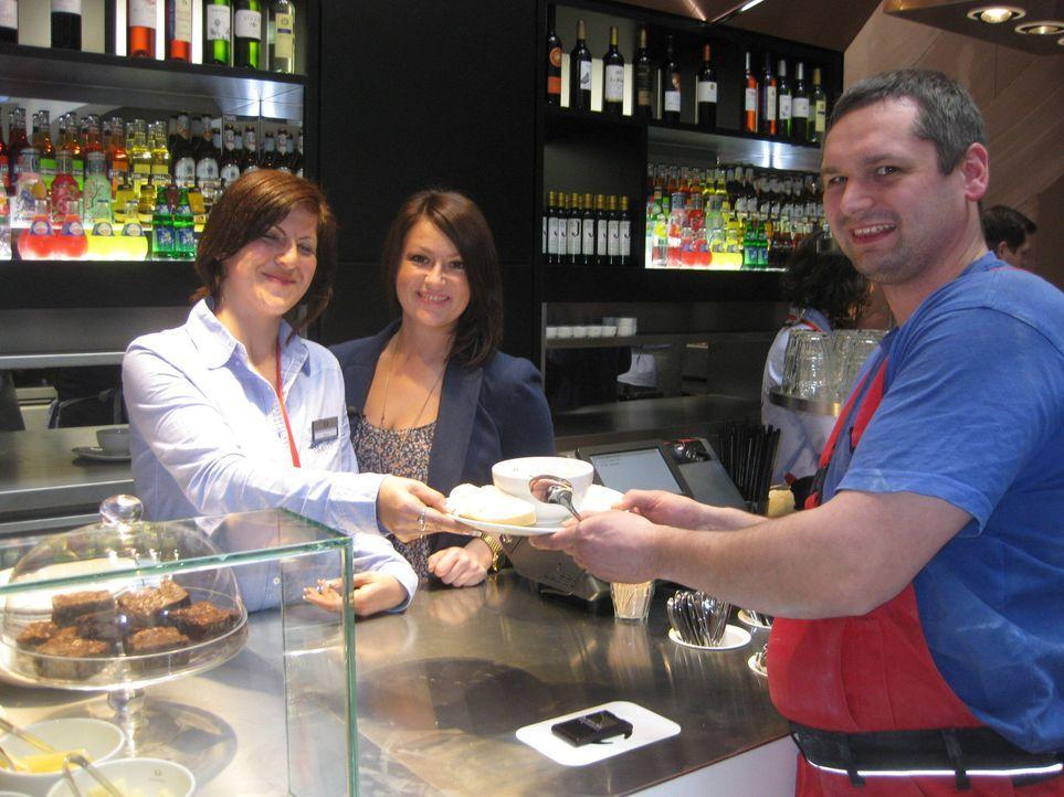 """Essen per Touchscreen-Bestellung - das kann der Gast in der neuen Restaurantkette """"Holyfields"""". Ob Burger, Steak oder Pasta - ein Fingertippen genü... - Bildquelle: kabel eins"""