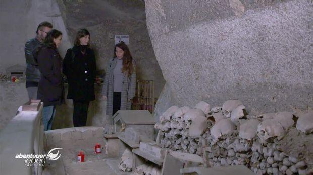 Abenteuer Leben - Abenteuer Leben - Dienstag: Zu Besuch Im Unterirdischen Labyrinth Neapels