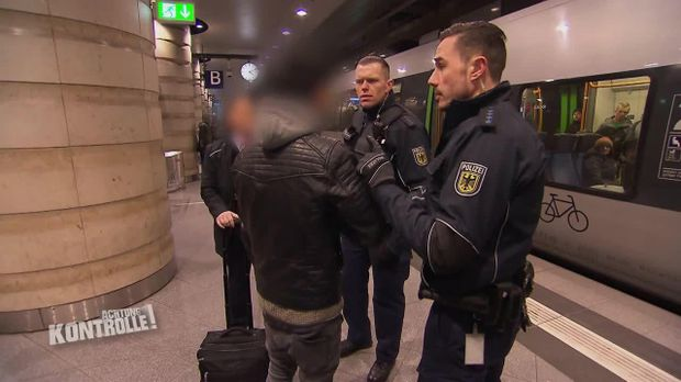 Achtung Kontrolle - Achtung Kontrolle! - Renitenter Schwarzfahrer - Bundespolizei Leipzig Hauptbahnhof