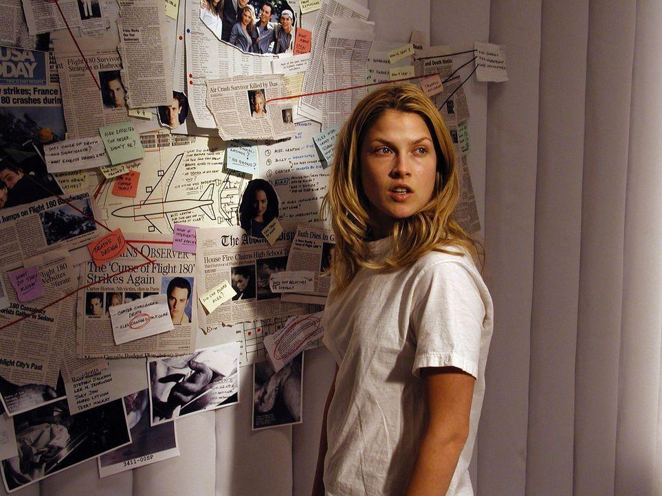 Vor einem Jahr überlebte Clear Rivers (Ali Larter) die Katastrophe des Fluges 180. Seitdem ist sie davon überzeugt, dass sie in einer psychiatrisc... - Bildquelle: Warner Bros. Television