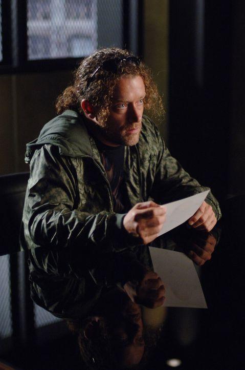 Hat Pete (Darin Heames) jemanden auf dem Gewissen? - Bildquelle: Warner Bros. Entertainment Inc.
