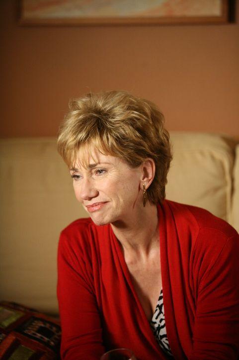 Joes Mutter Marjorie (Kathy Baker) kommt zu Besuch. Sie eröffnet Allison, unter dem Siegel der Verschwiegenheit, dass sie schwer krank ist ... - Bildquelle: Paramount Network Television