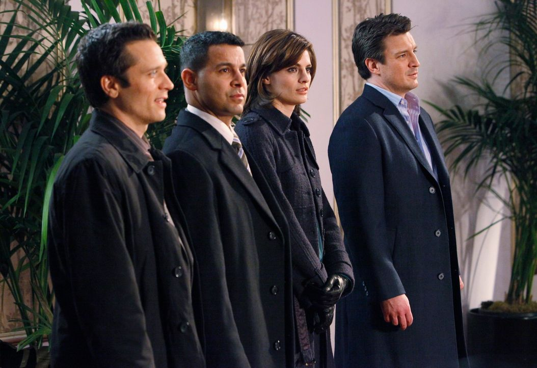 Verfolgen eine heiße Spur: (v.r.n.l.) Castle (Nathan Fillion), Bakett (Stana Katic), Javier Esposito (Jon Huertas), Kevin Ryan (Seamus Dever)... - Bildquelle: ABC Studios