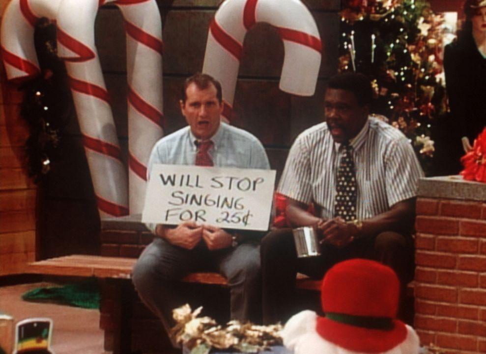 Al (Ed O'Neill, l.) und Griff (Harold Sylvester, r.) sind gefeuert. Aber sie machen sich selbständig und haben eine zündende Geschäftsidee. - Bildquelle: Columbia Pictures