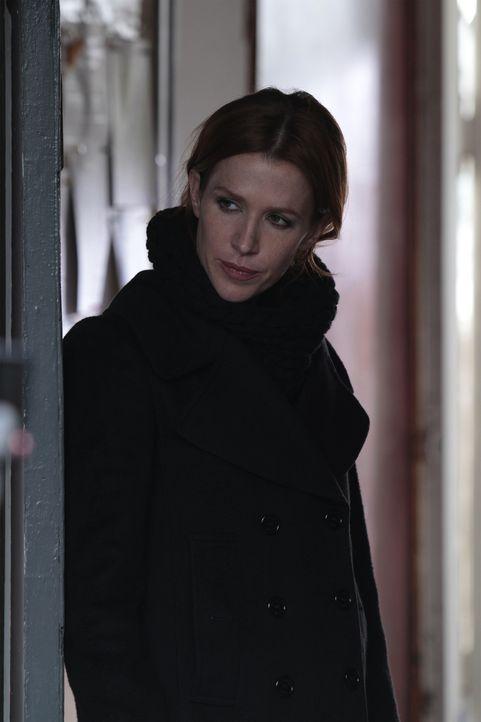 Gibt alles, um eine wichtige Augenzeugin eines Mordes zu finden: Carrie (Poppy Montgomery) ... - Bildquelle: 2011 CBS Broadcasting Inc. All Rights Reserved.