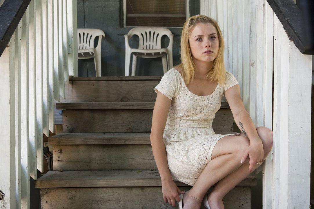 Kann ihr Kind auch von Lip sein oder kommt nur Jody als Vater in Frage? Karen (Laura Wiggin) weiß nicht, was sie tun soll ... - Bildquelle: 2010 Warner Brothers