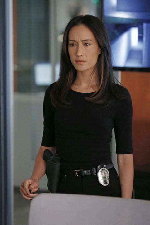 Gemeinsam mit ihren Kollegen macht sich Beth (Maggie Q) auf die Suche nach einem gefährlichen Stalker ... - Bildquelle: Warner Bros. Entertainment, Inc.
