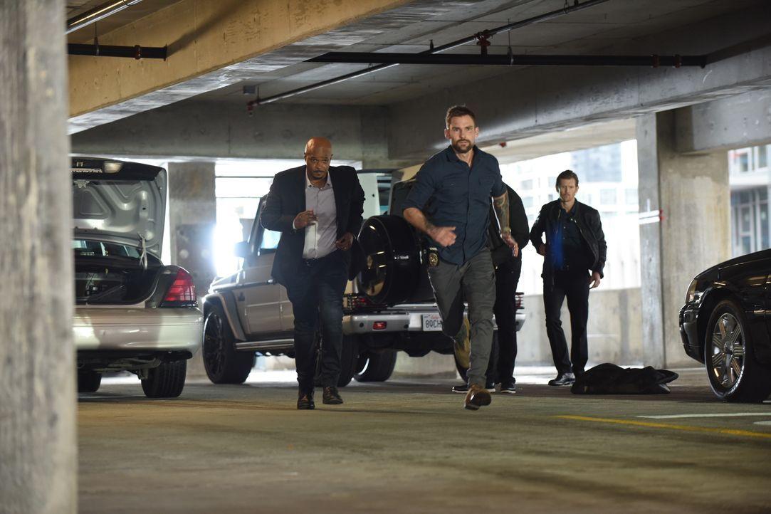 Roger Murtaugh (Damon Wayans, l.); Wesley Cole (Seann William Scott, r.) - Bildquelle: 2019 Warner Bros. Entertainment Inc. All Rights Reserved.