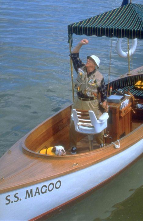 Weiß nicht, dass er im Visier einiger Gauner, dem FBI und der CIA ist: Mr. Magoo (Leslie Nielsen) ... - Bildquelle: Walt Disney Pictures
