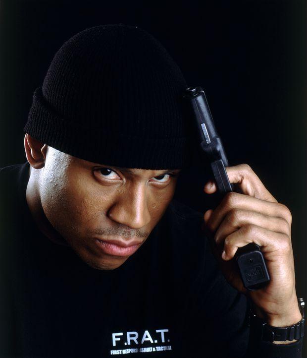 Cop Deed (LL Cool J) ist in die dunklen Machenschaften der Polizei verwickelt, will aber unbedingt aussteigen. Leichter gesagt, als getan ... - Bildquelle: 2005 FILM & ENTERTAINMENT VIP MEDIENFONDS 3 GmbH & Co. KG GmbH