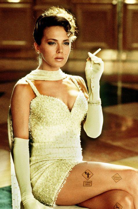 Die Waffen einer Frau: Um an ihr Ziel zu kommen, zeigt die schöne Ramada (Valeria Golino) vollen Einsatz ... - Bildquelle: 20th Century Fox Film Corporation