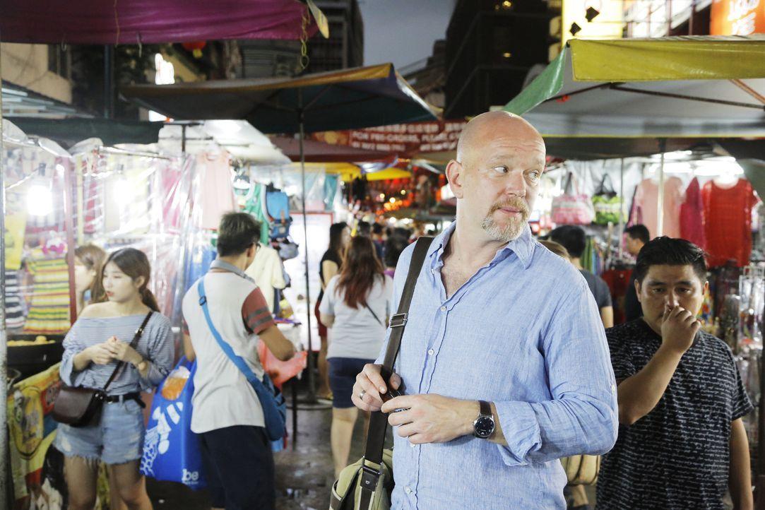 Peter Giesels Reise startet in Sri Lanka auf der Suche nach Edelsteinschnäppchen und gerät dabei in arge Bedrängnis. - Bildquelle: kabel eins