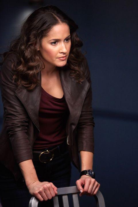 Villa (Jaina Lee Ortiz) sucht einen Mörder, aber weiß nicht, ob es überhaupt einen Mord gegeben hat ... - Bildquelle: 20th Century Fox International Television