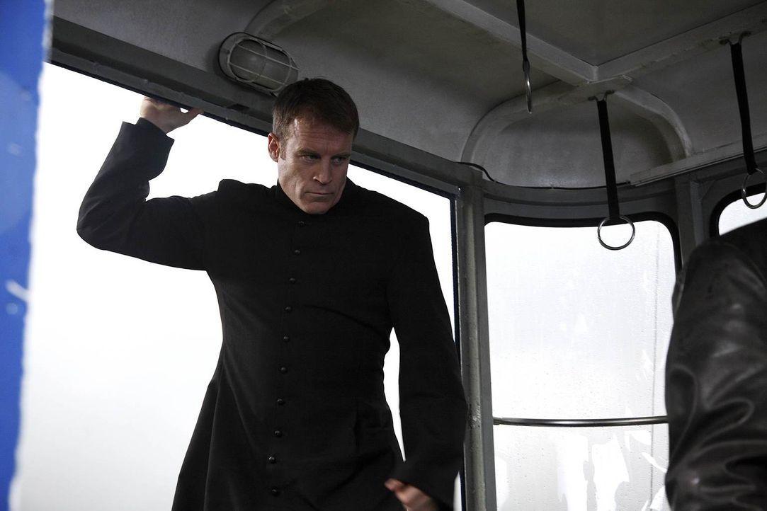 Als sich Bandenmitglied John Gray in Emily verliebt, steigt er aus dem Verbrechergeschäft aus - alle anderen Gangmitglieder wandern wegen ihm ins Ge... - Bildquelle: Warner Brothers