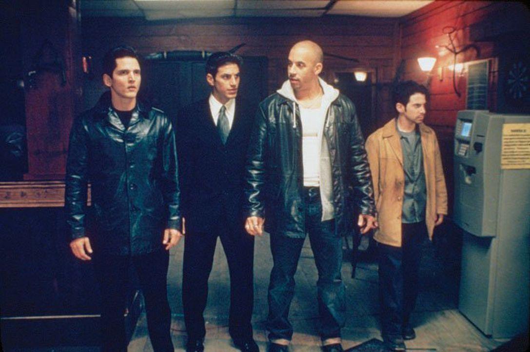 Stecken ziemlich in der Klemme: (v.l.n.r.) Matty Demaret (Barry Pepper), Scarpa (Andrew Davoli), Taylor Reese (Vin Diesel) und Johnny Marbles (Seth...