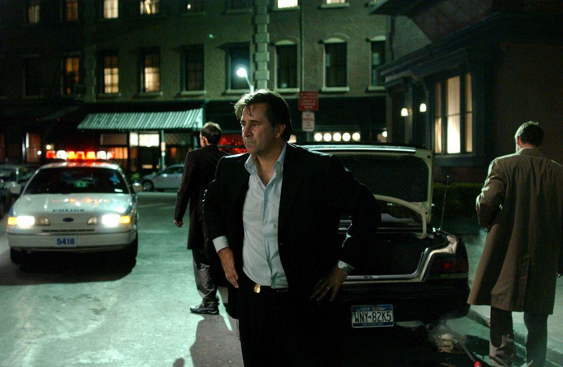 Vor zwölf Jahren hatte Jack (Anthony LaPaglia) im Fall eines Serienmörders ermittelt, doch er war unfähig gewesen, das Gemetzel zu verhindern. Immer... - Bildquelle: Warner Bros. Entertainment Inc.